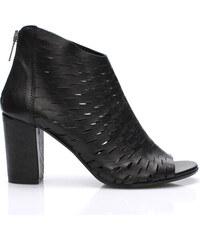 V&C Calzature Černé italské kožené boty na podpatku V&C