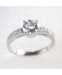 KLENOTA Zásnubní prsten bílé zlato s akvamarínem