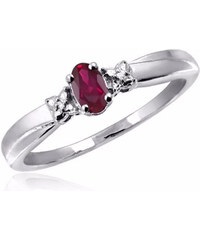 KLENOTA Stříbrný prsten s rubínem a diamanty