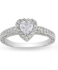 KLENOTA Stříbrný prsten se safírem ve tvaru srdce