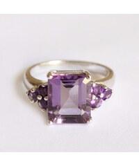 KLENOTA Stříbrný ametystový prsten