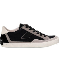 Sneakers crime london 11092
