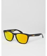 Oakley - Lunettes de soleil carrées aspect peau de grenouille avec verres jaunes par Valentino Rossi - Noir