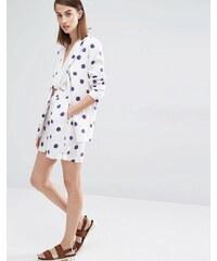 Selected - Fria - Figurbetonte Shorts mit Punkteprint - Mehrfarbig
