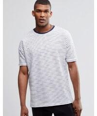 ASOS - Loungewear - Oversized-T-Shirt mit Streifen und rückseitigem Loopback-Design - Weiß