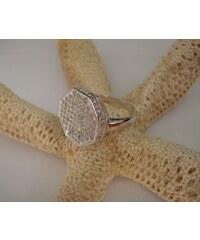 Stříbrný luxusní prsten Taburetka