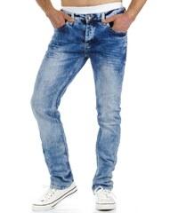 Modré trendy džíny pro pohodáře