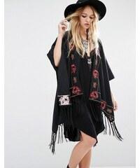 Young Bohemians - Oversize-Kimono mit aufgestickten Blumen und Fransen - Schwarz