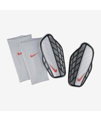 NIKE2 Chrániče Nike Protegga Pro S STŘÍBRNÁ - ČERNÁ