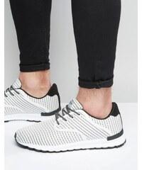 Pull&Bear - Weiß gestreifte Sneakers - Weiß