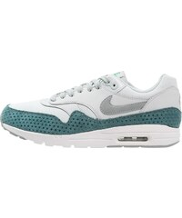 Nike Sportswear AIR MAX 1 ULTRA ESSENTIALS Sneaker low light silver/shark/hyper turquoise/spring