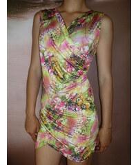 002 Letní zavinovací šaty s květy UNI
