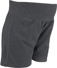 Neun Monate Shorts