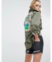 Native Rose - Festival - Hemdjacke im Military-Stil mit besticktem Rückeneinsatz - Grün