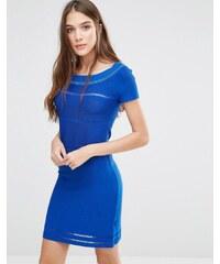 Lavand - Figurbetontes Kleid in Blau mit transparenten Einsätzen - Blau