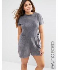 ASOS CURVE - Lässiger kurzer Overall mit Tasche in gewaschener Baumwolle - Grau