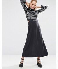 ASOS - Jupe en jean à bretelles longueur originale - Noir