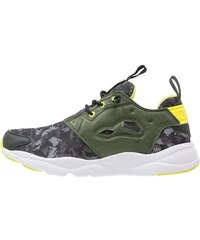 Reebok Classic FURYLITE Sneaker low green/black/yellow/white