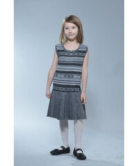 Moderní pletené dětské šaty s proužky