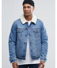 ASOS - Veste en jean clair délavé avec col imitation mouton - Bleu