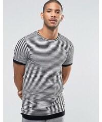 ASOS - T-shirt moulant coupe longue avec rayures côtelées - Blanc