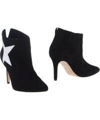CARLA G. CHAUSSURES