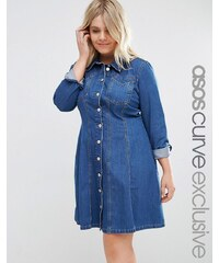 ASOS CURVE - Weites Kleid mit lässigem Rock in mittlerer Waschung - Blau