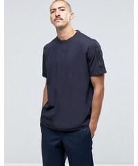 ASOS - Chemise à enfiler coupe classique avec poche sur une manche - Noir - Noir