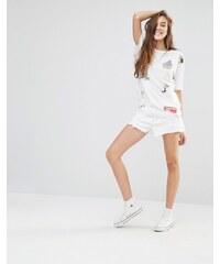 Pull&Bear - Short mom en jean à ourlet brut - Blanc