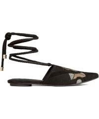 H&M Semišové sandály s výšivkou
