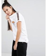 Ellesse - Anliegendes Retro-T-Shirt mit Tape-Details - Weiß
