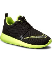 Boty NIKE - Roshe One Fb (GS) 810513 003 Black/Volt