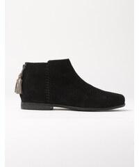 Kurze Stiefel Schwarz Mädchen Boden