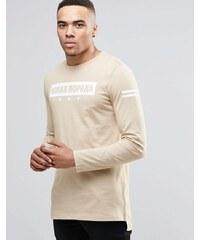 ASOS - T-shirt long à manches longues avec imprimé placé multicolore - Beige