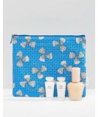 Paul & Joe - ASOS Exclusive - Feuchtigkeitsspendendes Grundierungsset aus Primer und Hautpflege mit KOSTENLOSER Makeup-Tasche - Transparent