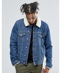 ASOS - Veste en jean avec col en fausse fourrure à délavage moyen - Bleu