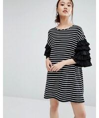 Zacro - T-Shirt-Kleid mit gerüschten Ärmeln und Breton-Streifen - Schwarz