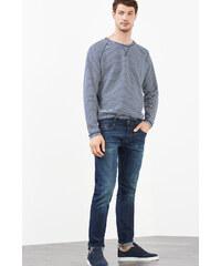 Esprit Strečové džíny s obnošenými efekty
