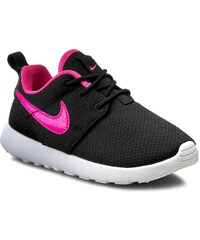 Boty NIKE - Nike Roshe One (Ps) 749422 014 Black/Pink Blast/White
