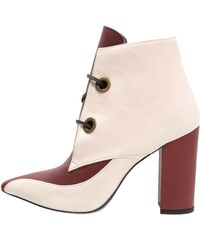 Josephine Ankle Boot offwhite