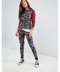 Converse - Leggings imprimé camouflage - Rouge - Multi