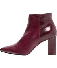 Noe NIRMA Ankle Boot burgundy red