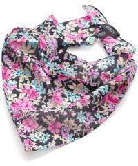Guess trojúhelníkový šátek s motivy květů