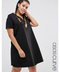 ASOS CURVE - Ausgestelltes T-Shirt-Kleid mit V-Ausschnitt - Schwarz