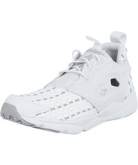 Reebok Sneaker mit Cut Outs