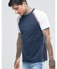 Another Influence - T-Shirt mit Raglan-Ärmeln und Brusttasche - Marineblau