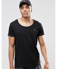 Ringspun - Strand-T-Shirt mit U-Ausschnitt und aufgerollten Bündchen - Kombiteil - Marineblau