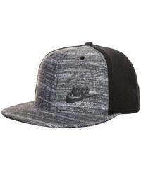 Nike Tech Pack True Snapback Cap Kinder grau