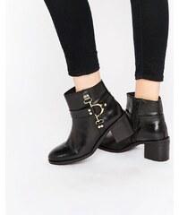 Ravel - Ankle Boots aus Leder mit D-Ring-Verschluss - Schwarz