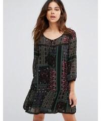 Only - Parki - Boho-Kleid mit Print und tief angesetzter Taille - Schwarz